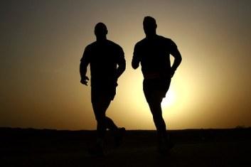 runners-635906__340